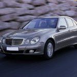 Mercedes E220 CDI – Prikaz montaže glave motora – Video