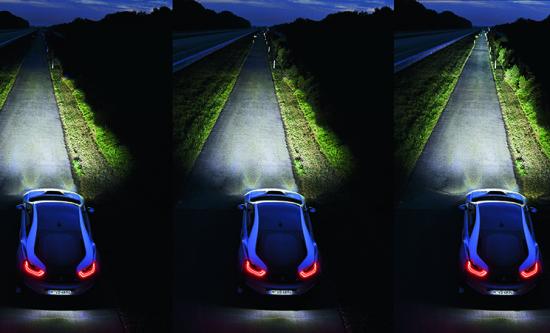 Poređenje snopa: LED kratka svetla (levo), LED duga svetla (sredina), laserska svetla (desno)