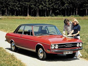Audi 100 GL, predstavljen 1972., dobio je motor 1.9 sa 113 KS iz modela Coupe S. Prepoznavao se po četiri okrugla fara